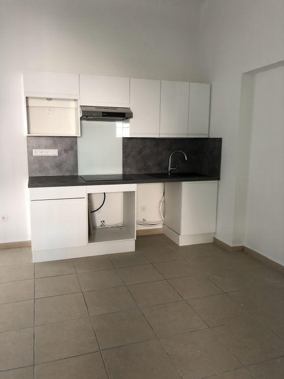 Appartement à louer 2 40.05m2 à Saint-Vallier-de-Thiey vignette-2