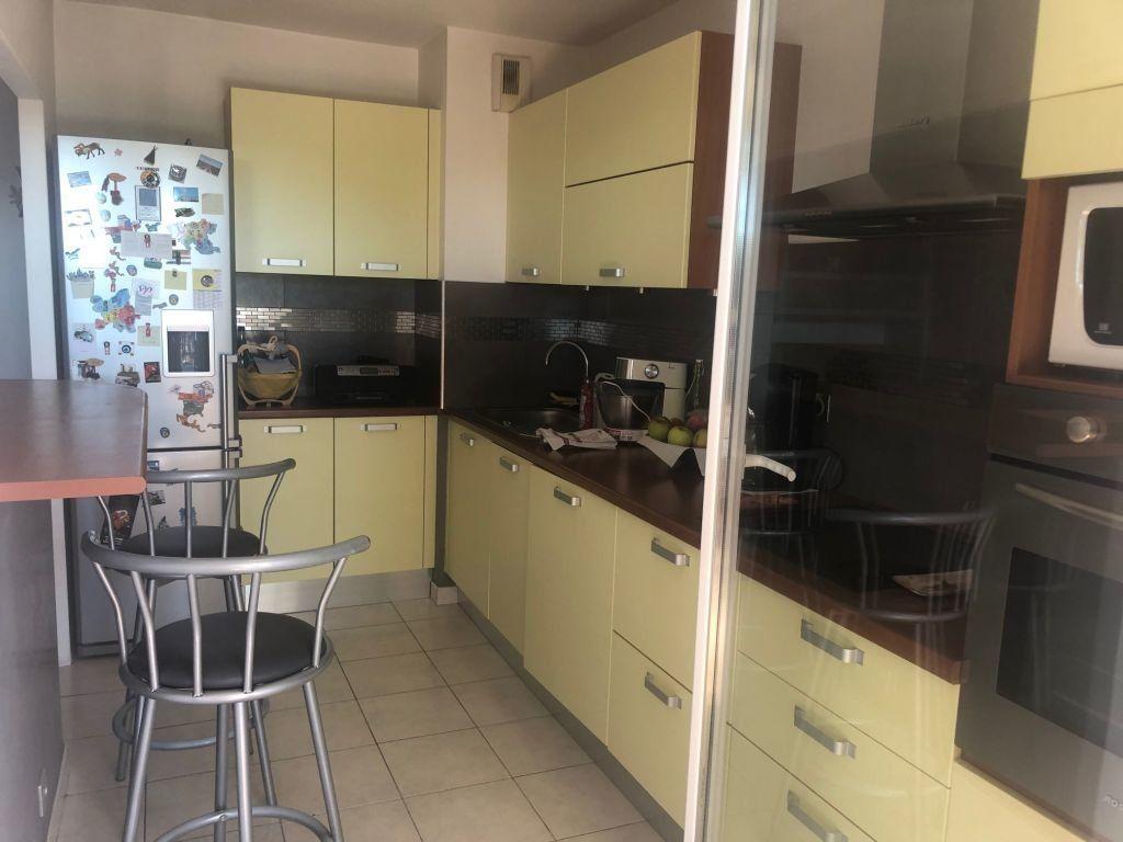 Appartement à louer 2 50.84m2 à Grasse vignette-3