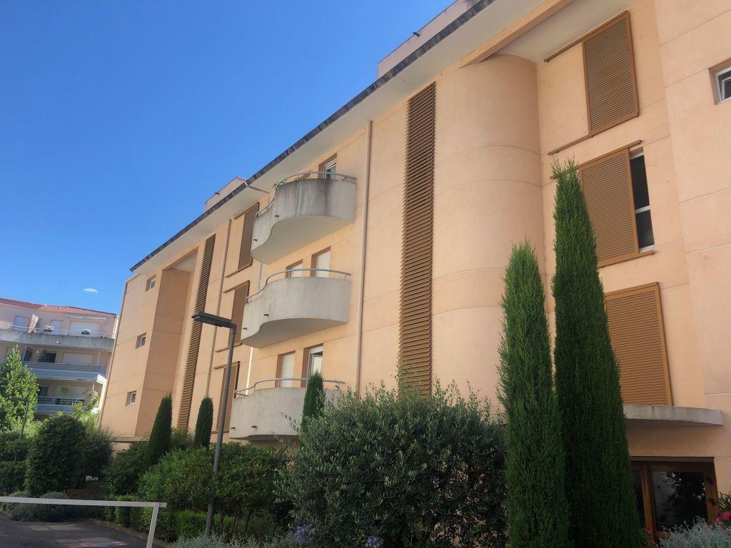 Appartement à louer 2 50.84m2 à Grasse vignette-8