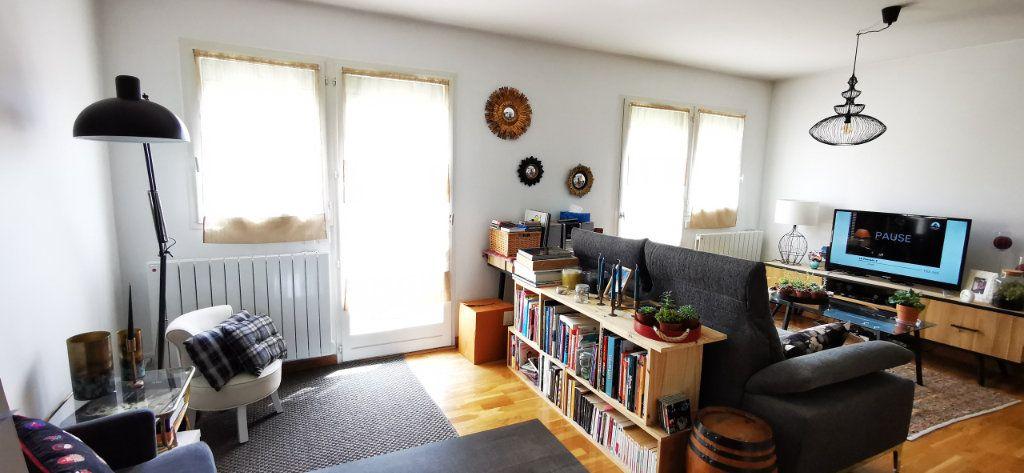Appartement à vendre 5 84.89m2 à Vannes vignette-2