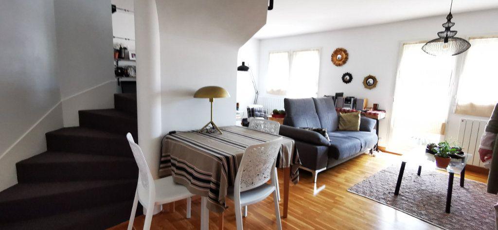 Appartement à vendre 5 84.89m2 à Vannes vignette-3