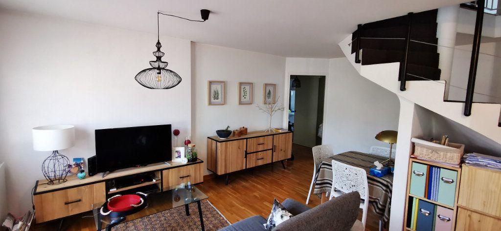 Appartement à vendre 5 84.89m2 à Vannes vignette-4