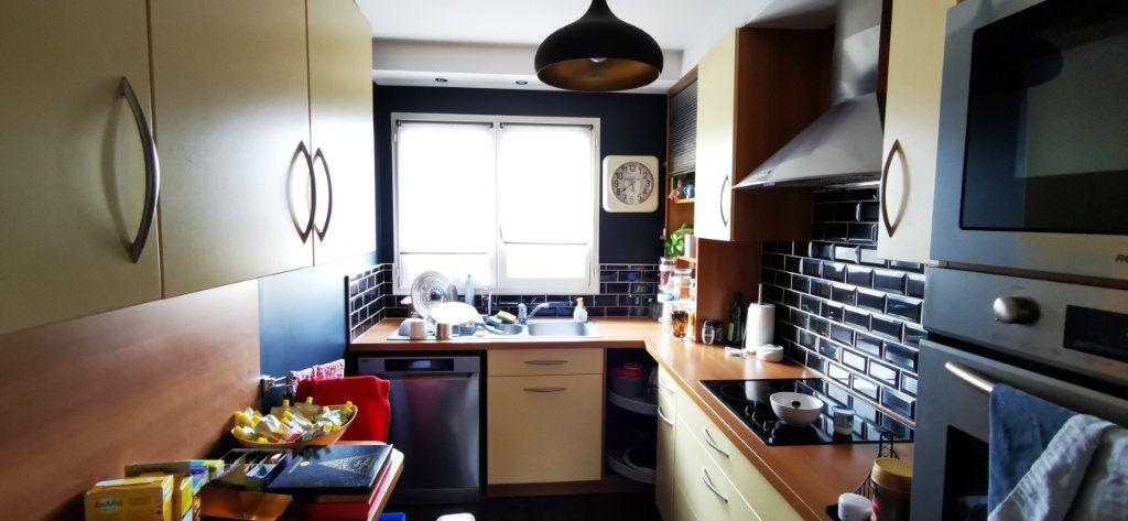 Appartement à vendre 5 84.89m2 à Vannes vignette-5