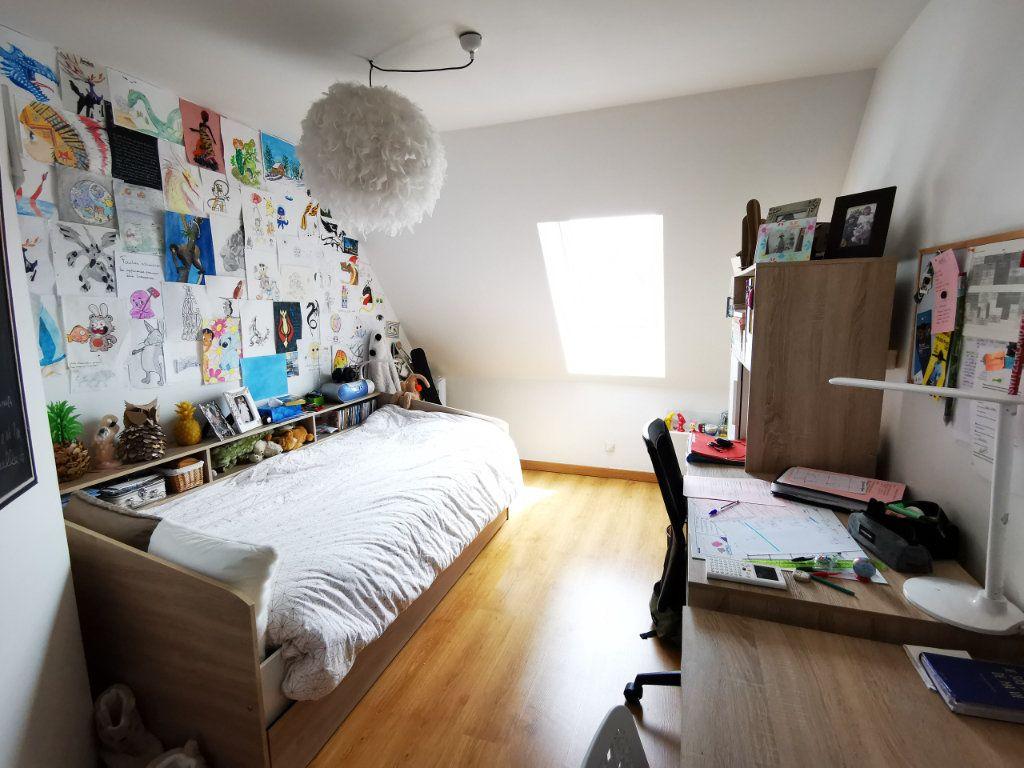 Appartement à vendre 5 84.89m2 à Vannes vignette-10