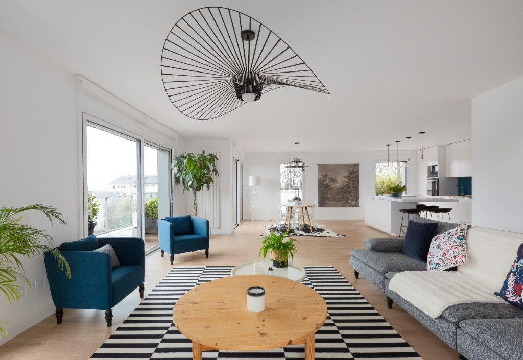 Appartement à vendre 5 125m2 à Vannes vignette-3
