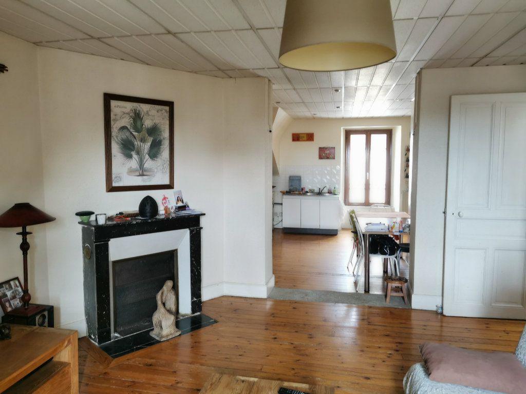 Appartement à vendre 3 65.5m2 à Vannes vignette-2