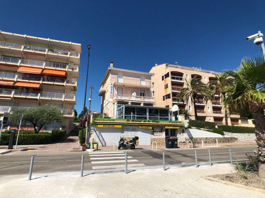 Maison à vendre 15 351m2 à Antibes vignette-2