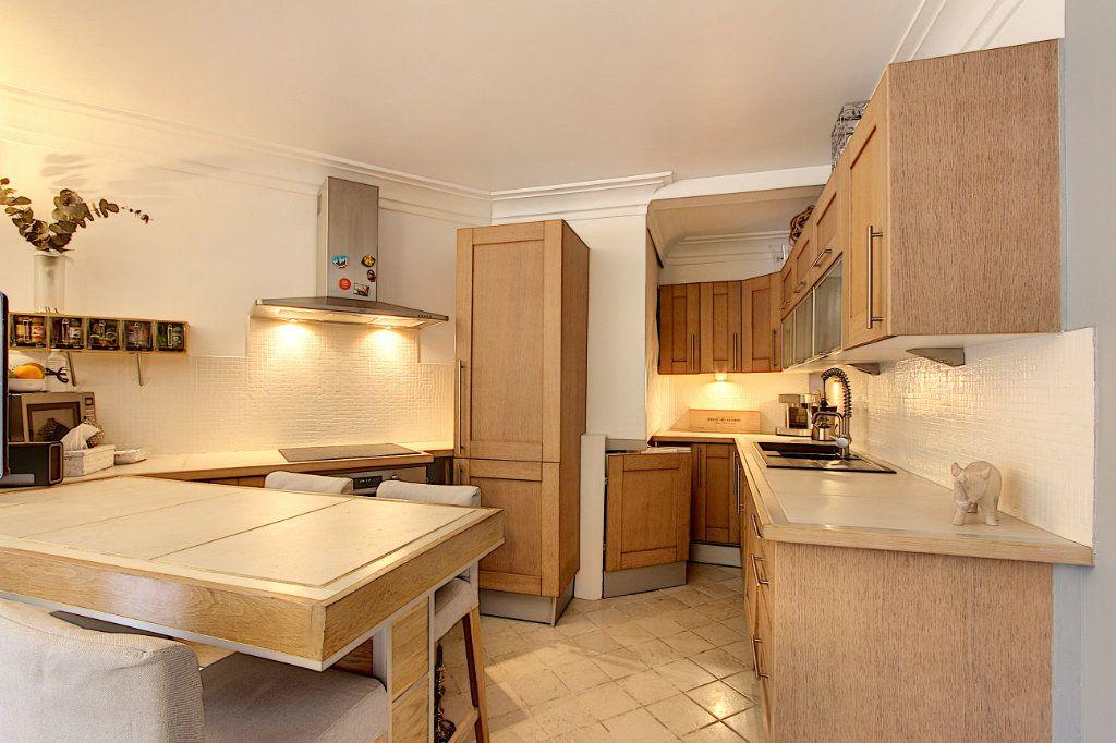 Appartement à vendre 2 35.8m2 à Antibes vignette-2