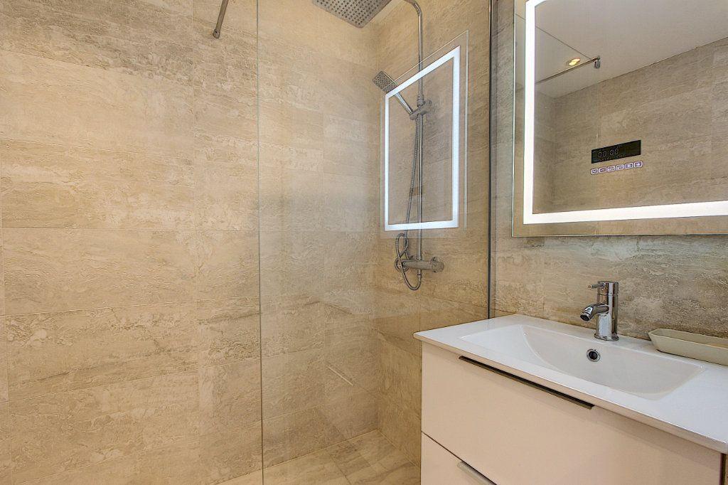 Appartement à vendre 2 42.44m2 à Juan-les-Pins - Antibes vignette-6