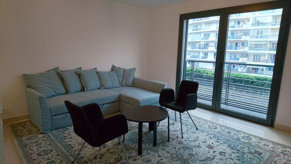 Appartement à vendre 1 30m2 à Juan-les-Pins - Antibes vignette-5