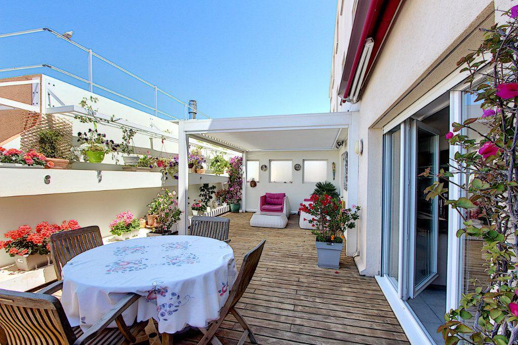 Appartement à vendre 3 83m2 à Juan-les-Pins - Antibes vignette-11