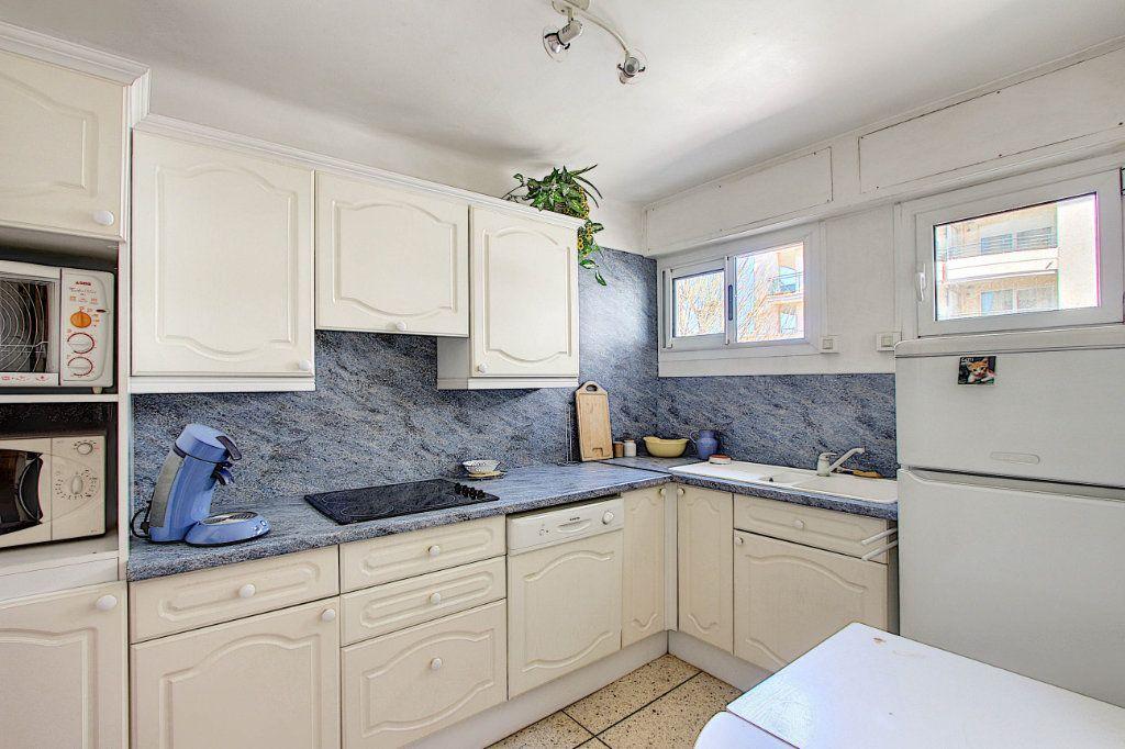 Appartement à vendre 2 54.21m2 à Antibes vignette-3