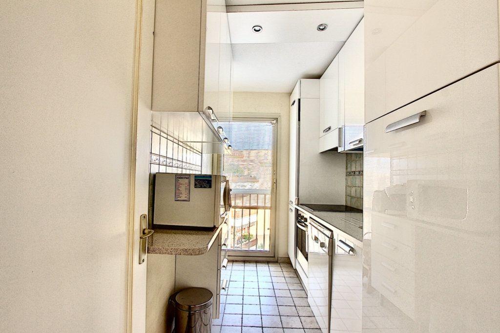 Appartement à vendre 3 57m2 à Golfe Juan - Vallauris vignette-5
