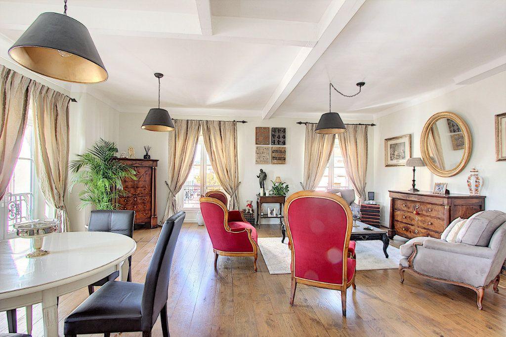 Appartement à vendre 3 90m2 à Cannes vignette-1