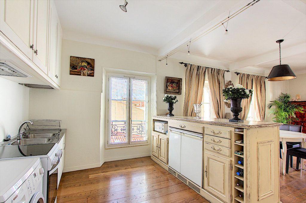 Appartement à vendre 3 90m2 à Cannes vignette-5