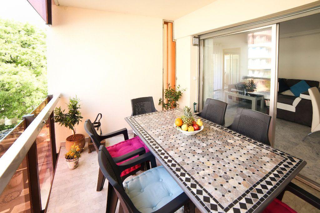 Appartement à vendre 3 83m2 à Juan-les-Pins - Antibes vignette-1