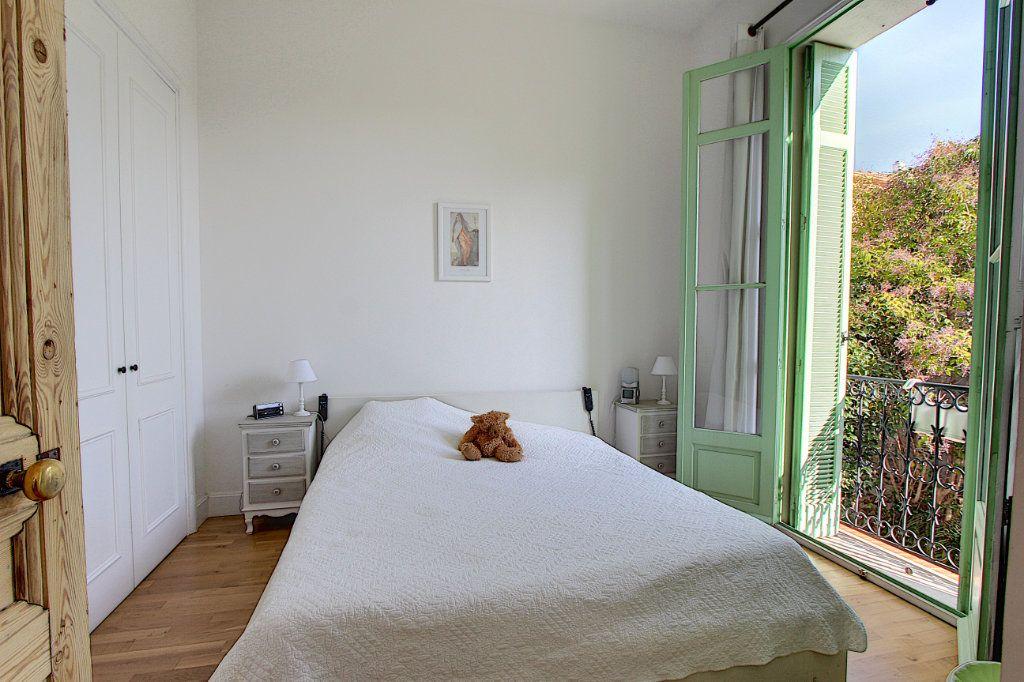 Appartement à vendre 3 103.37m2 à Cannes vignette-10
