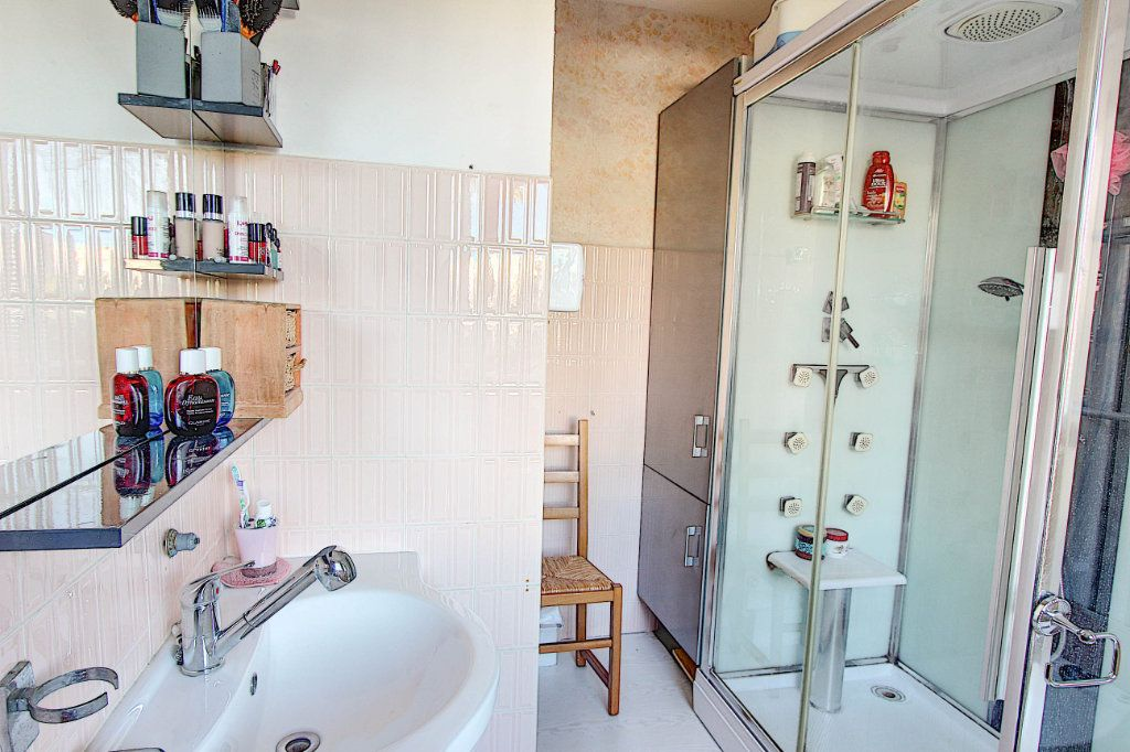 Appartement à vendre 3 73m2 à Juan-les-Pins - Antibes vignette-7