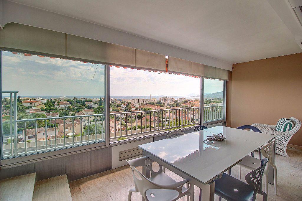 Appartement à vendre 4 140.22m2 à Antibes vignette-6