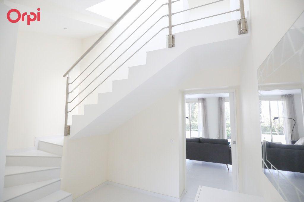 Maison à vendre 6 230m2 à Antibes vignette-12