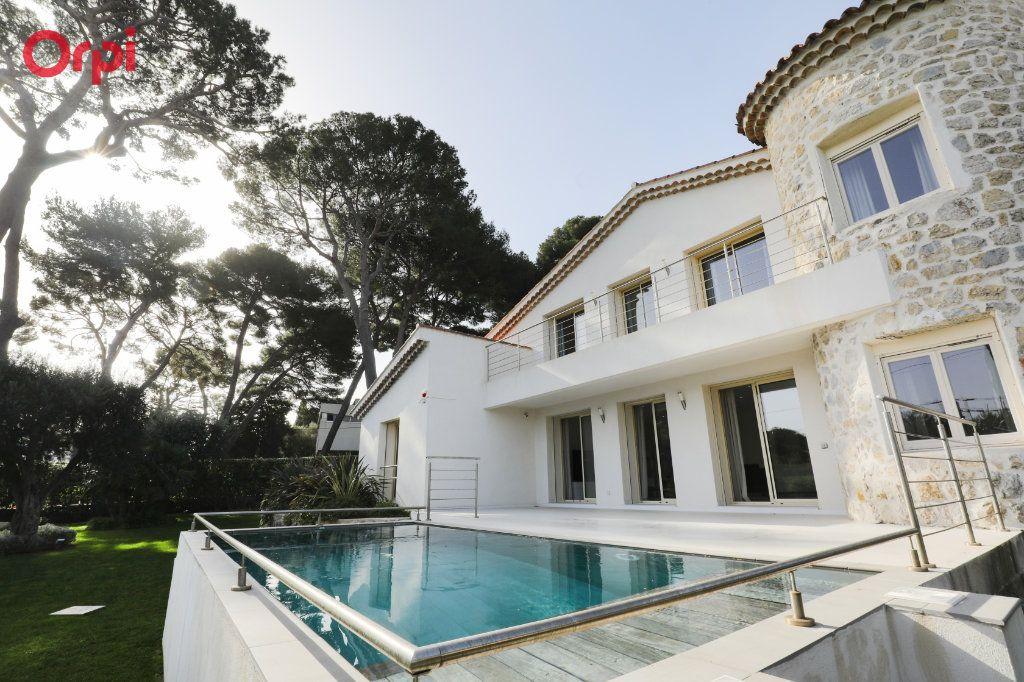 Maison à vendre 6 230m2 à Antibes vignette-18