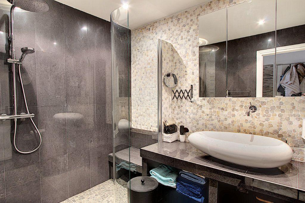 Appartement à vendre 1 42m2 à Juan-les-Pins - Antibes vignette-5