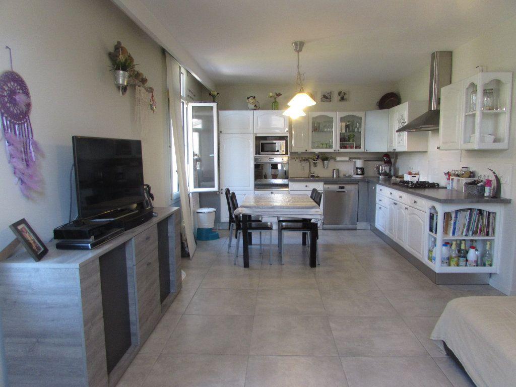 Appartement à vendre 3 62.11m2 à Grasse vignette-5
