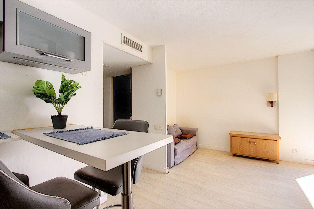 Appartement à vendre 2 37.81m2 à Cannes vignette-3