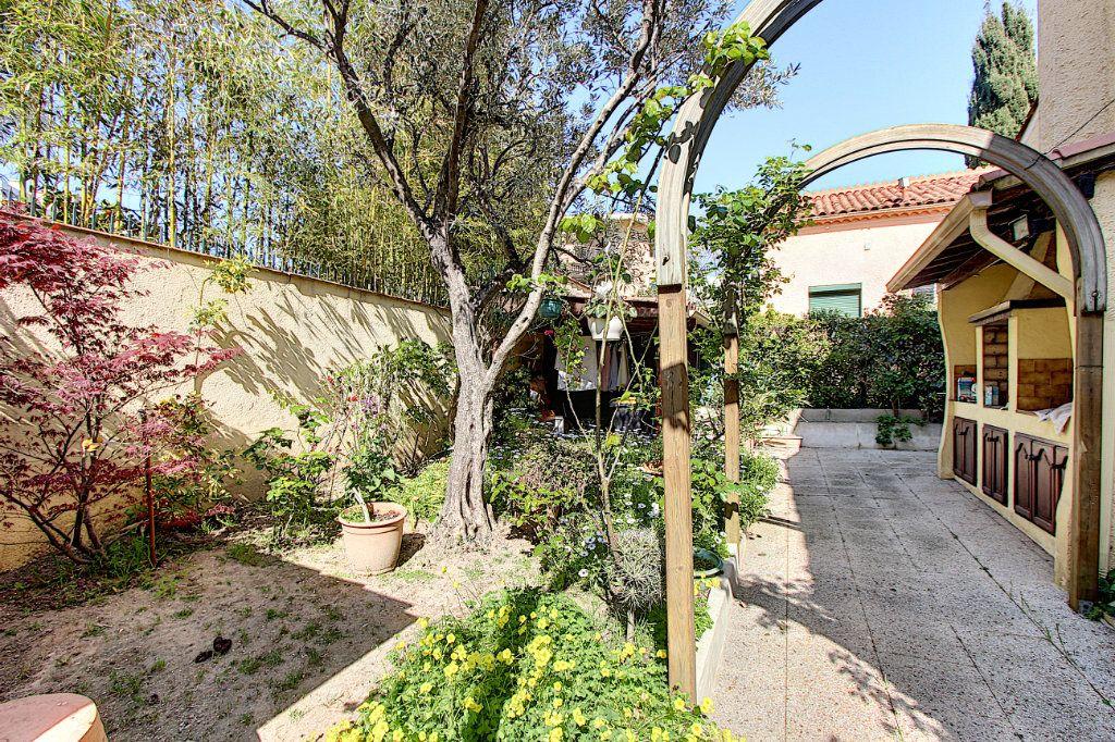 Maison à vendre 4 66m2 à Juan-les-Pins - Antibes vignette-4