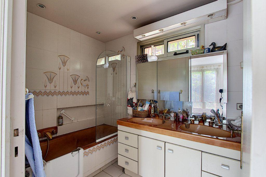 Maison à vendre 4 66m2 à Juan-les-Pins - Antibes vignette-7