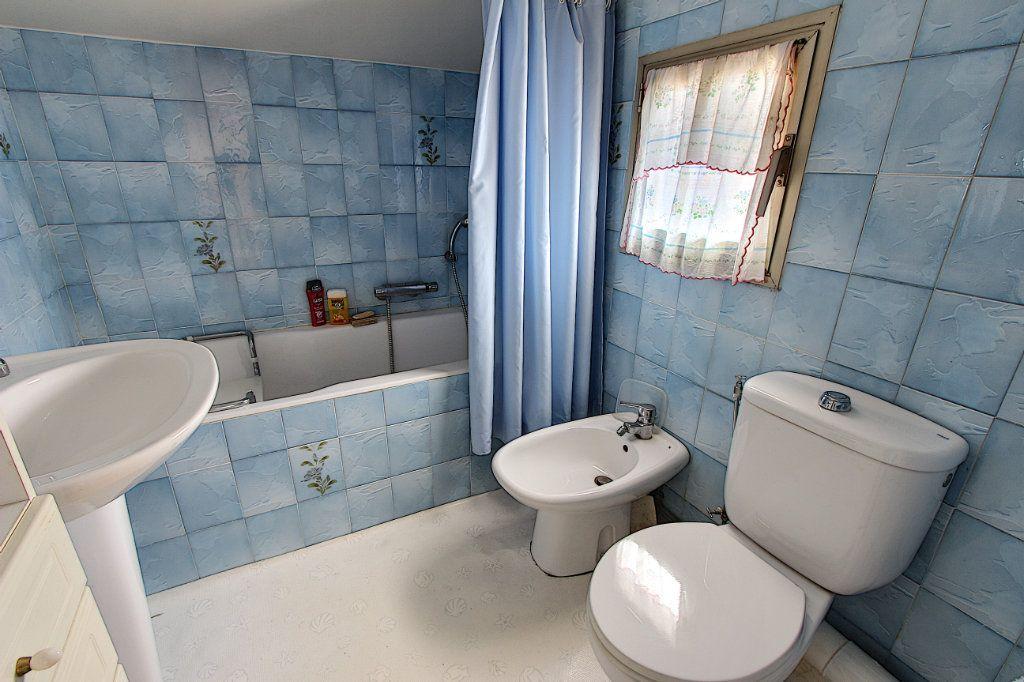 Maison à vendre 4 66m2 à Juan-les-Pins - Antibes vignette-13