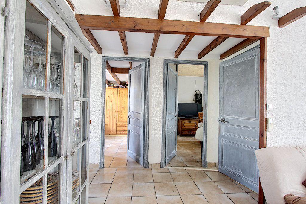 Appartement à vendre 3 60.58m2 à Antibes vignette-5