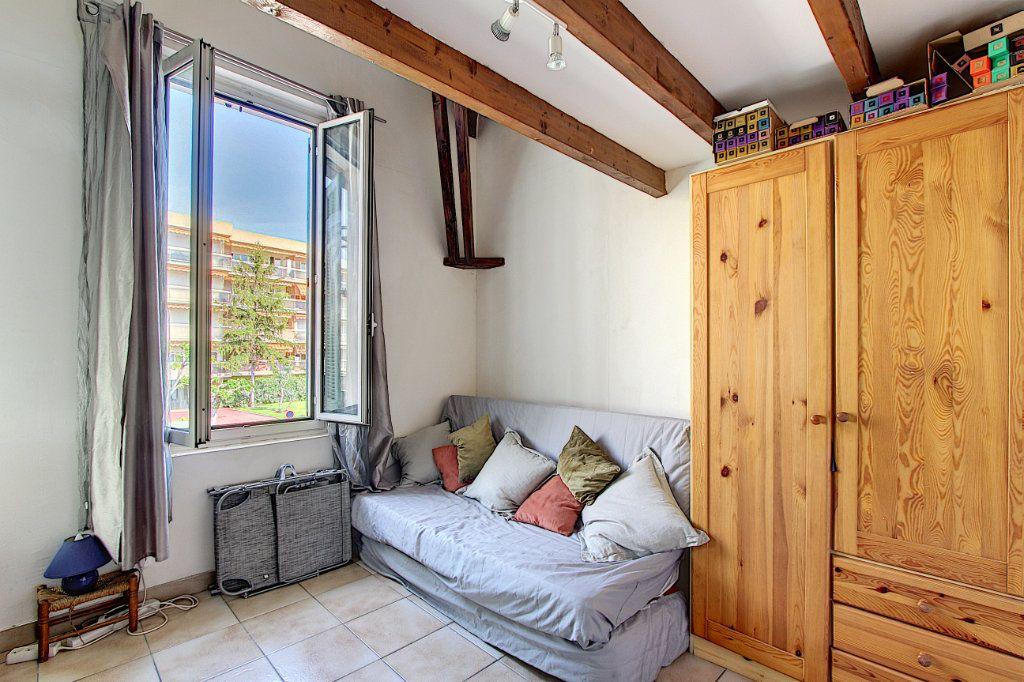 Appartement à vendre 3 60.58m2 à Antibes vignette-8