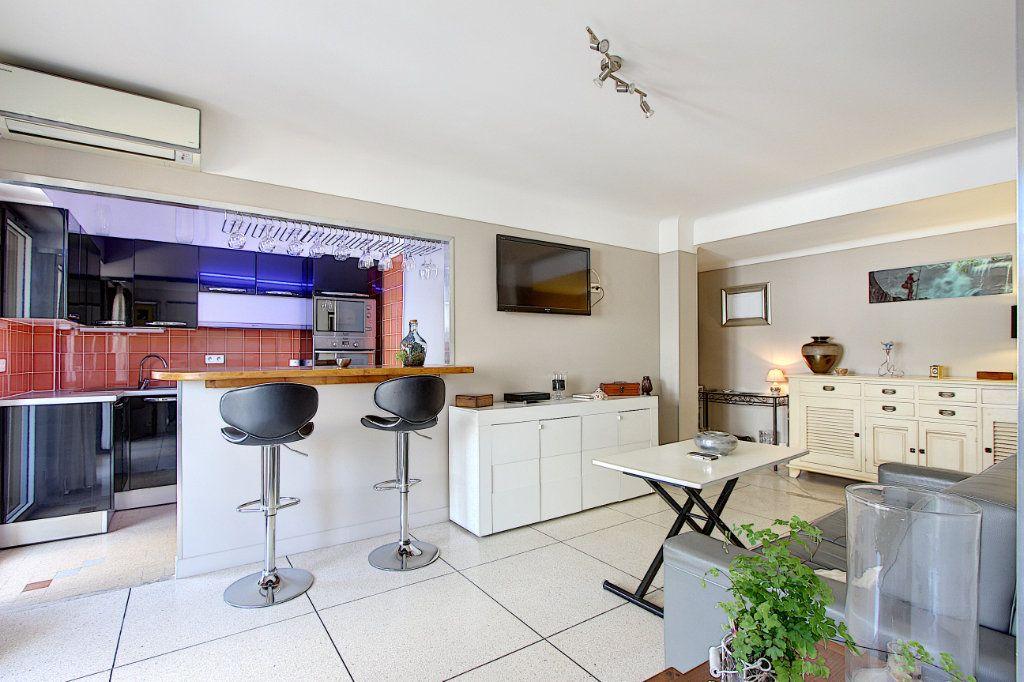 Appartement à vendre 2 48.32m2 à Antibes vignette-1