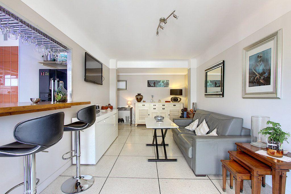 Appartement à vendre 2 48.32m2 à Antibes vignette-2