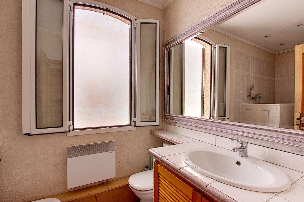 Maison à vendre 5 129.42m2 à Juan-les-Pins - Antibes vignette-7