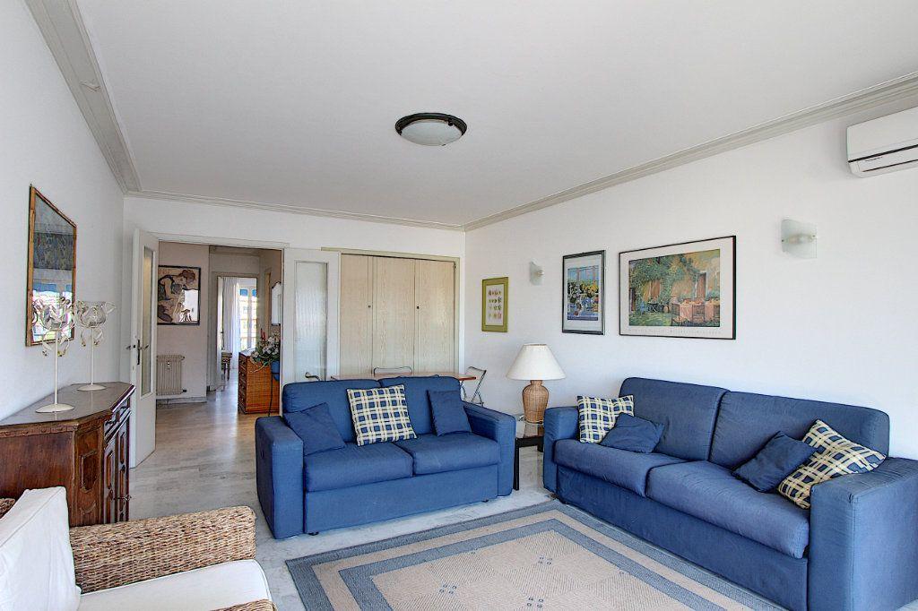 Appartement à vendre 2 62m2 à Juan-les-Pins - Antibes vignette-2