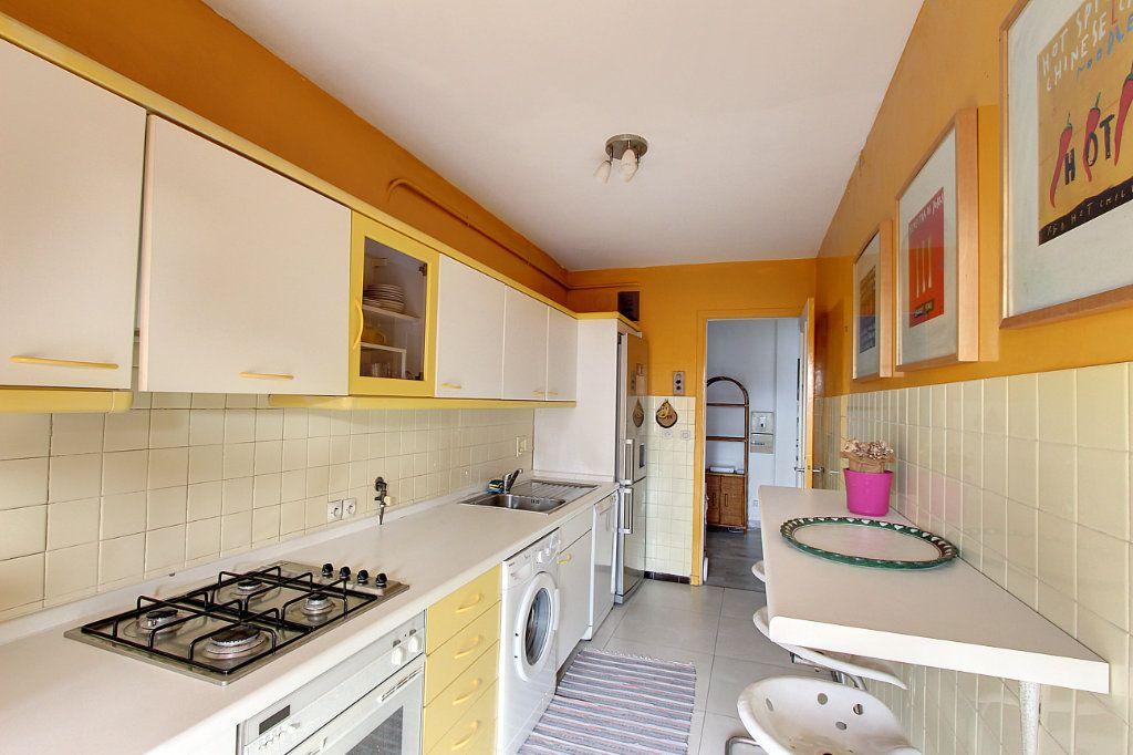 Appartement à vendre 2 62m2 à Juan-les-Pins - Antibes vignette-5