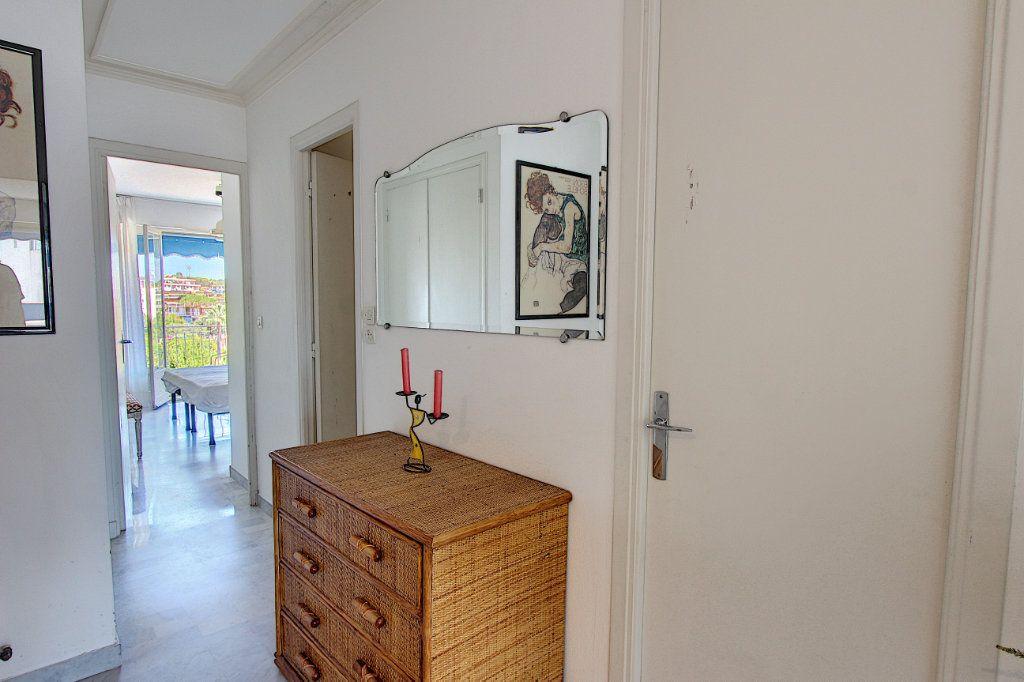 Appartement à vendre 2 62m2 à Juan-les-Pins - Antibes vignette-7