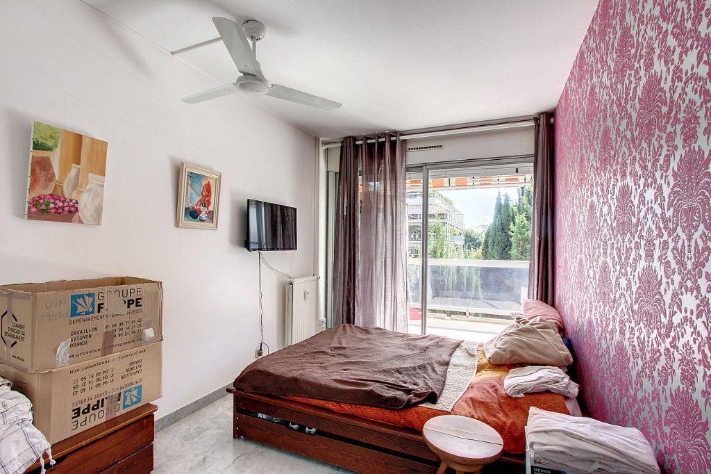 Appartement à vendre 4 81.68m2 à Juan-les-Pins - Antibes vignette-6