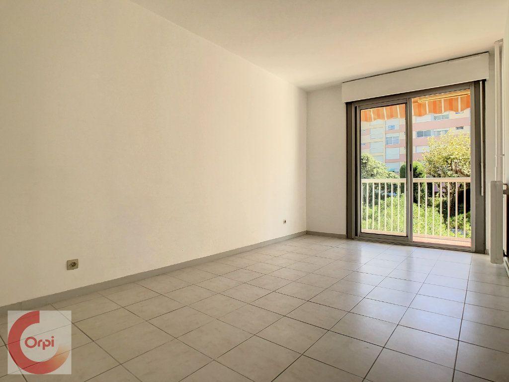 Appartement à louer 2 51.25m2 à Vallauris vignette-7