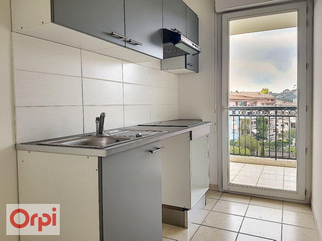 Appartement à louer 2 45m2 à Vallauris vignette-3