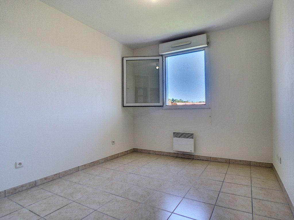 Appartement à louer 2 45m2 à Vallauris vignette-4