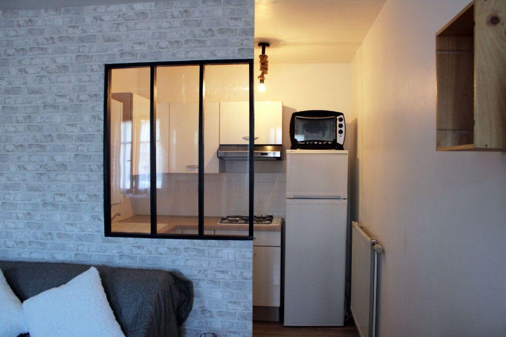 Appartement à louer 1 27m2 à Courdimanche vignette-5
