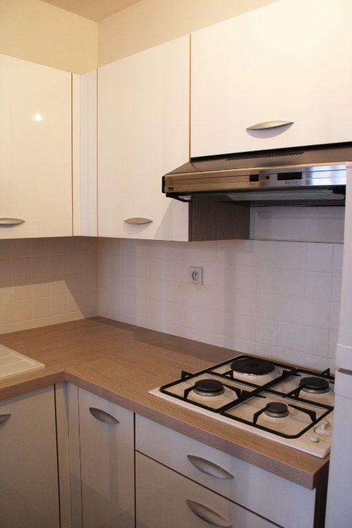 Appartement à louer 1 27m2 à Courdimanche vignette-8