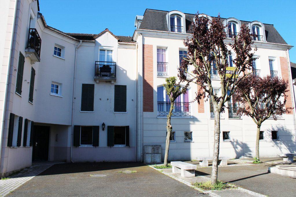 Appartement à louer 1 27m2 à Courdimanche vignette-17