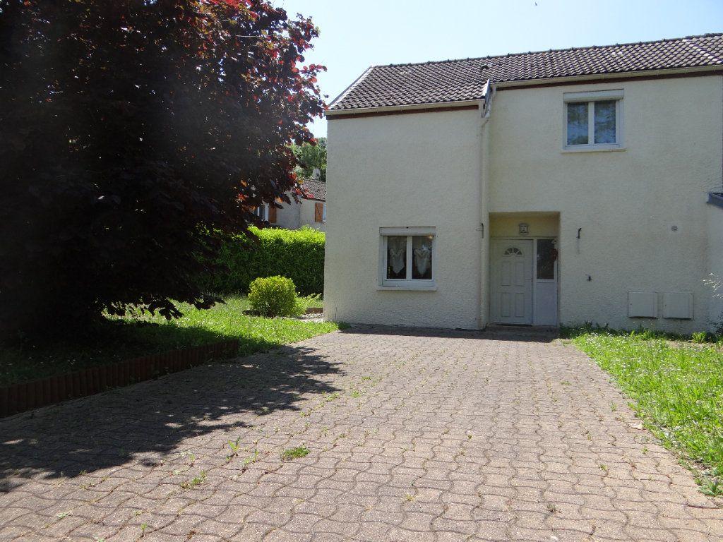 Maison à vendre 6 105.85m2 à Menucourt vignette-1