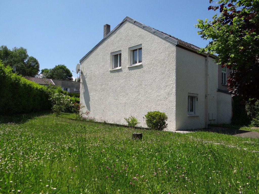 Maison à vendre 6 105.85m2 à Menucourt vignette-3