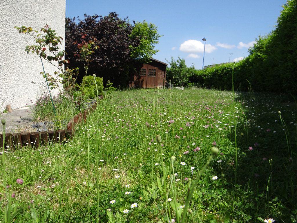 Maison à vendre 6 105.85m2 à Menucourt vignette-4