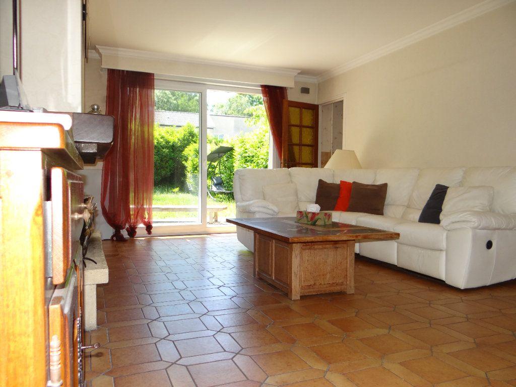 Maison à vendre 6 105.85m2 à Menucourt vignette-6
